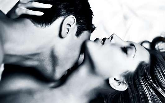 поцелуи тела