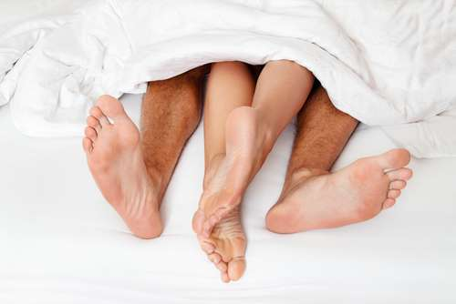 избегать половых контактов